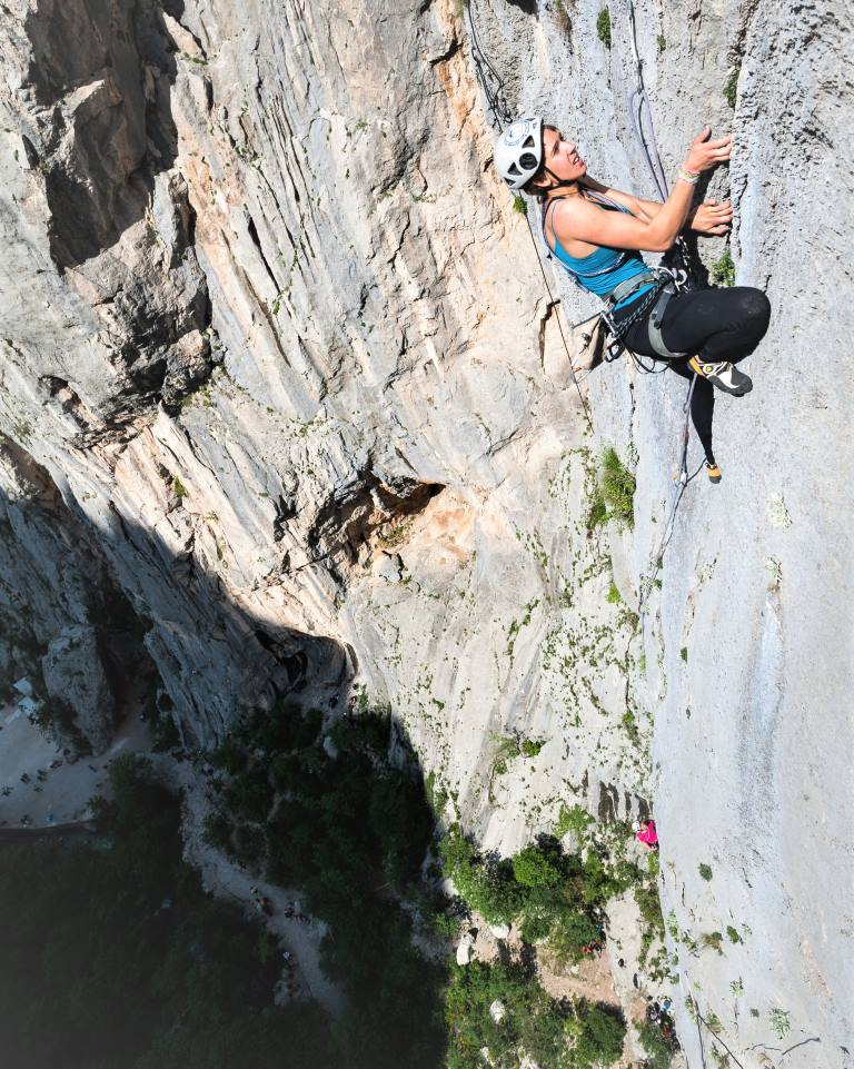 DIEHOLIDAYBUCHT- Climbing in Paklenica NP02